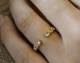 Adjustable ring- sterling silver- goldvermeil