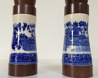 15 % **DESTOCK**Salt and Pepper Ceramic Wood Set French  Kitchen CANISTERS BLUE Majolica  Porcelain French Gastronomy