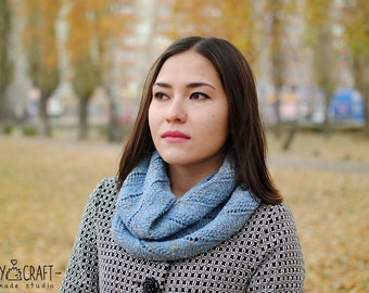 Knitted cowl for women cotton silk