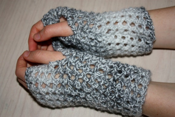 Knitting Mittens With Straight Needles : Instant download pdf knitting pattern fingerless gloves