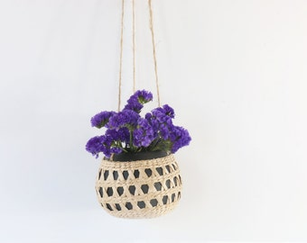 Ceramic hanging ball planter/ floral arrangement/egg-shaped space planter/straw basket/valentines day gift/wedding gift/