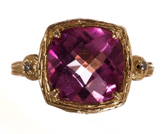 14 kt Yellow Gold and Faceted Pink Topaz Ring