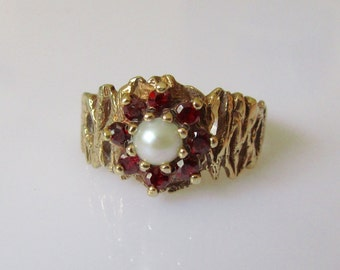 9ct Gold Garnet Pearl Cluster Ring UK K 1/2