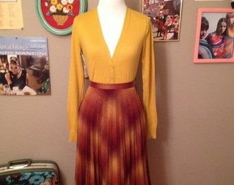 20% off Summer Sale 1970's Burgundy and Mustard High Waisted Wool Blend Pleated Skirt/ Size Small