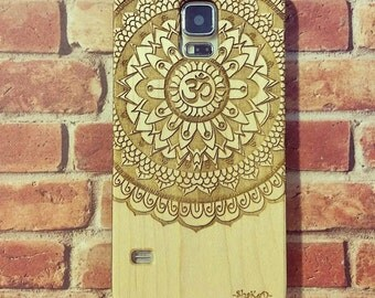 Laser Engraved Tribal Mandala Om Symbol Floral Doodle Zentangle Inspired Pattern on Genuine Wood Case for Galaxy S5, S6 and S6Edge S-037