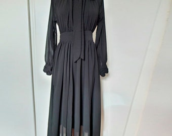Vintage long sleeves chiffon black dress with a bow