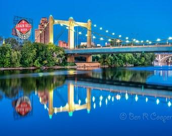 Hennepin Bridge at Night