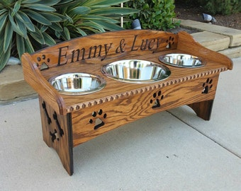 3 Bowl Dog Feeder with Backsplash and my 2 paw design on the sides. 6'' up to 15'' sizes