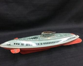 Wolverine Supply Co Pittsburg Wind Up Tin Submarine Toy