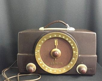Vintage 1960's Zenith K Series Radio