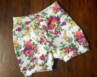 White Floral Shorts, baby shorts, toddler shorts, bubble shorts, white, floral