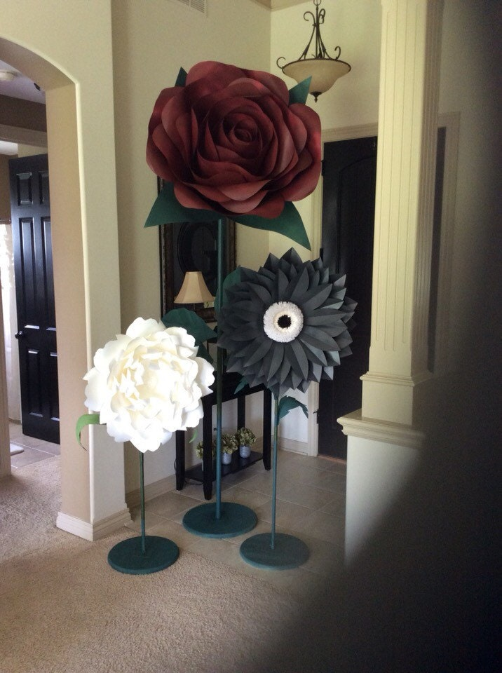 Giant paper flowers on stems These beautiful paper flowers
