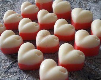 STRAWBERRIES & CREAM, highly scented soy wax melts, pack of 10