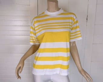 90s Striped Tee in Yellow & White- 1990s T-shirt- Small