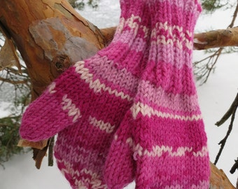 Hand knitted kids mittens
