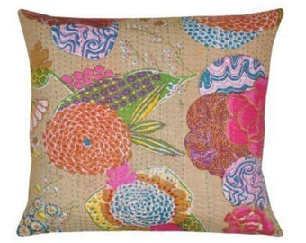 Cream Kantha cushion with pad