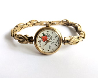 Vintage Russian Watch CHAIKA from 1980s - Gold watch Working Ladies Wrist Watch from Russia / Soviet Union / USSR - Yellow Dial and Filigree