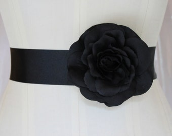 Black flower belt