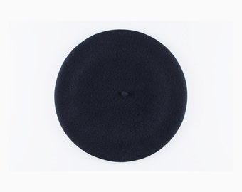 ON SALE! Vintage French Beret, Wool - Size 6, Navy