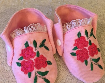 Baby Booties Girls 0-3 Months Roses