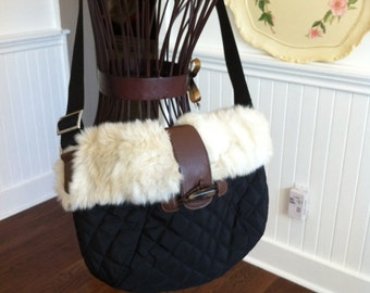 Vintage Womens Purse - Faux Fur Trim - Quilted Black Material Shoulder Bag - Adjustable Strap - Perfect Accessory for Your Look