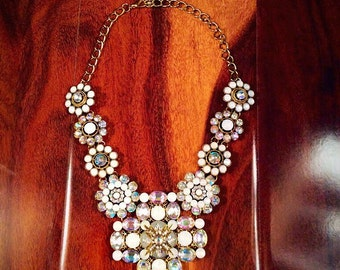 Crystal necklace, White faux crystal statement necklace, rhinestone chunky bib collar chocker, gift accessories, jewellery.