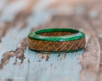 Green Tennessee Whiskey Barrel Ring - Wood Ring Wooden Ring Mens Wedding Ring Engagment Ring Women Wood Anniversary Gift Fashion Jewelry