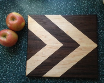 Chevron patterned cutting board