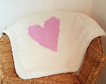 Knitted baby girl chunky blanket
