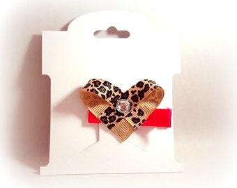 Leopard Heart on dark pink clip