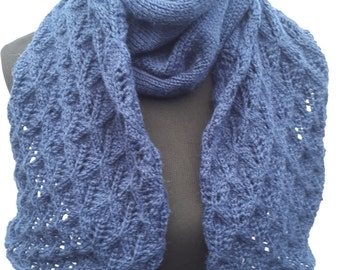 Lacey Leaves Wool Scarf