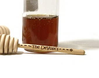 Personalized honey dipper, Customized gift, Engraved honey stick, Wood honey dipper, tea party favor, tea drinker, hostess gift, birthday