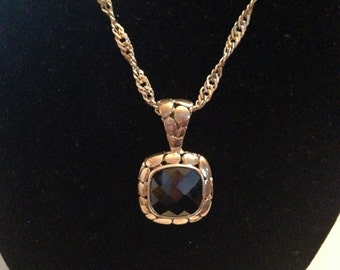 Sterling silver and onyx pendant with 17 inch sterling silver necklace