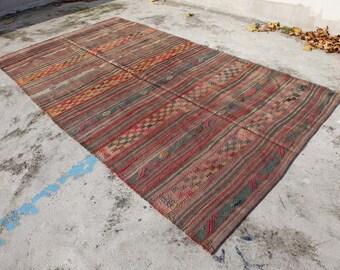 MIDCENTURY Anatolian Kilim Rug. 5'1'' X 9'2''