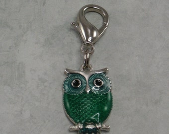 Owl Zipper Pull, Purse Charm, Planner Charm, Backpack Charm, Green Owl