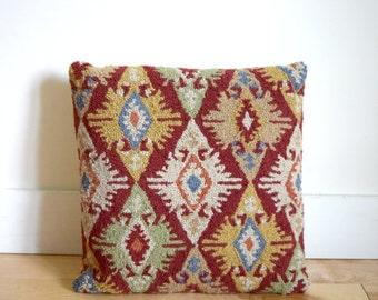 Vintage kilim woven throw pillow / Turkish red wool pattern pillow / beige velvet envelope back