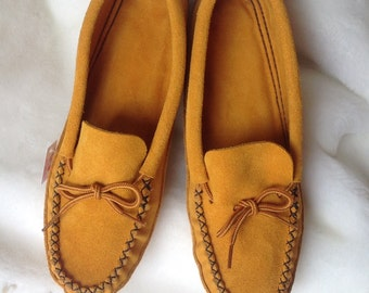Beautiful authentik native mocassins or Slippers customized on demand