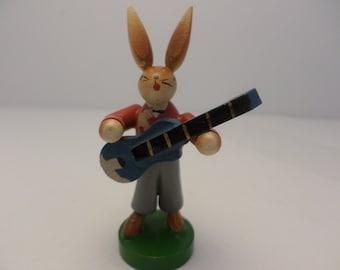 "German Hammerleubsdorf wooden folk art rabbit playing guitar 3"" Democracy Germany"