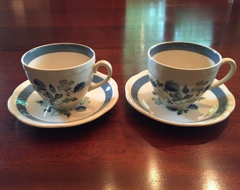 2 Alfred Meakin England Cups and Saucers, Blue Clover