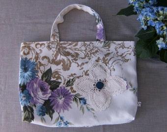 """Tote Bag, Linen Tote Bag, Lined Linen Tote Bag, Upcycled Tote Bag, Vintage Tote Bag, 14""""x 11"""" Tote Bag, Floral Tote Bag"""