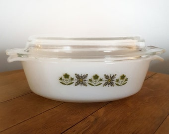 Vintage Fire King Green Meadow Casserole baking dish - Anchor Hocking Fire King #433 1 1/2 Qt Casserole with Lid - Milk Glass