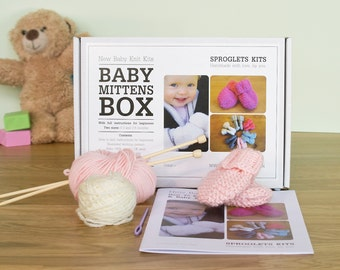 Baby Mitten Knitting Kit / Learn to knit kit / Gift knitting needles / Beginner knitting kit / Baby shower gift / Baby announcement