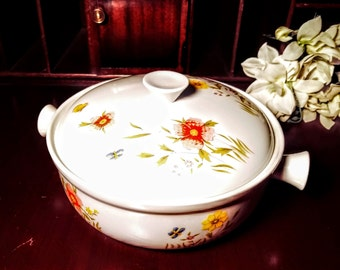 Covered Casserole Dish Country Flowers by Andrea  ~ From Oven to Table Cookware ~ Sadek 1 Quart