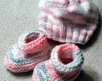 Hand Knit Baby Hat & Bootie Set