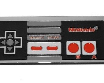 Nintendo 1985 NES Controller Belt Buckle