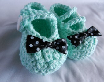Mint Polka Dot Bow Baby Booties