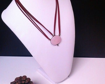 Necklace, necklace in pink quartz, suede with silver clasp