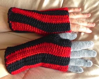 Adult Red and Black Fingerless Gloves