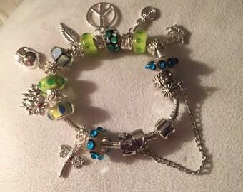 Silver 7 1/2 charm bracelet