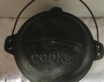 Vintage Cast Iron Dutch Oven